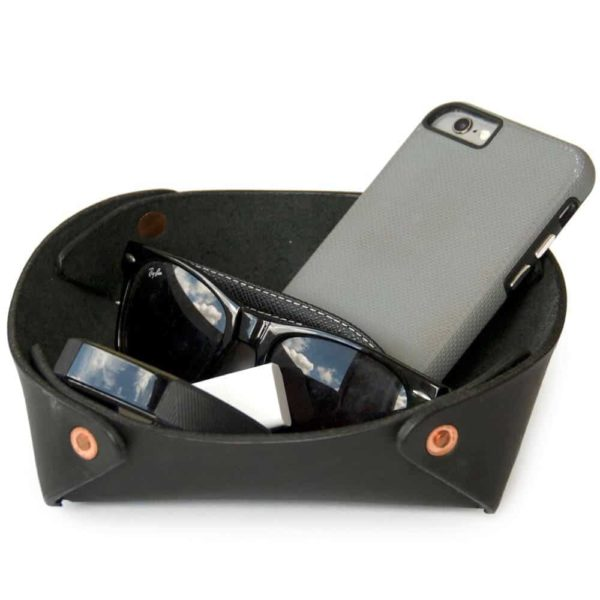 Alta Andina Leather Valet Tray. leather catchall, noche, black